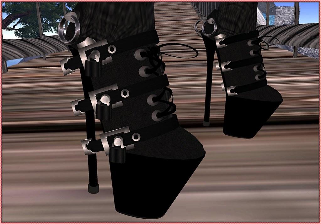 pic.dominatrix sandals