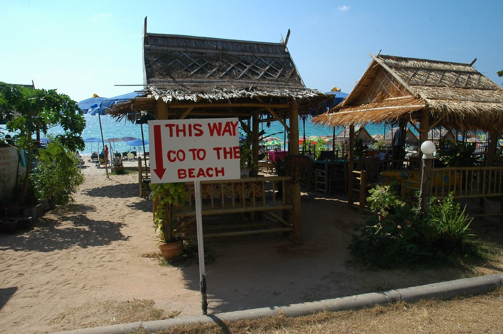Silly sign, Surin Beach, Phuket