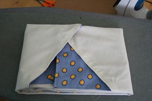 Folded apron
