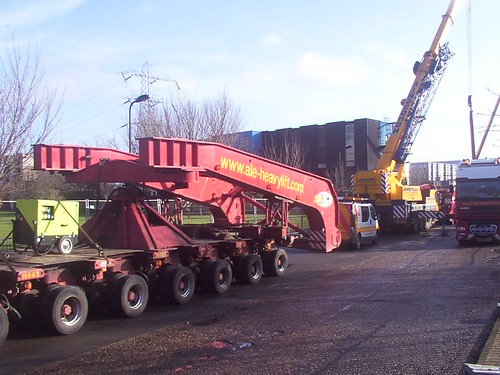 Delivery of another transformer, Millfields E5  jan 2009