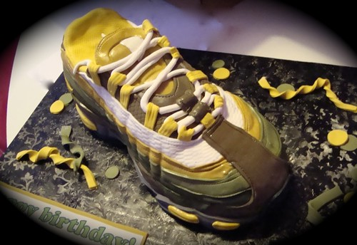 nike air max shoe cake(revised)
