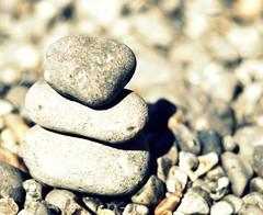 Makka Pakka wos 'ere (~aspidistra~) Tags: holiday beach 50mm nikon bokeh stones iow d90 totlandbay ilovemakkapakka