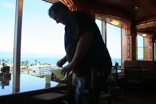 Mike the Lemonade Thief (Carnival Splendor)