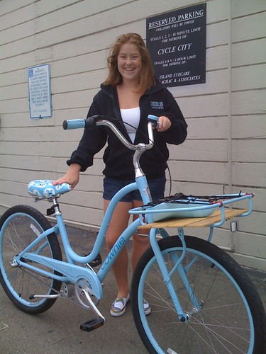 Young Ms. M and her BRAND NEW Electra Townie Holiday 3i
