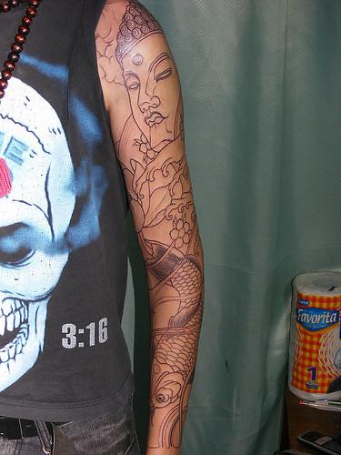 buda tattoo by Rajadiablos. porfin mi propio tatuaje de buda, koi con lotos