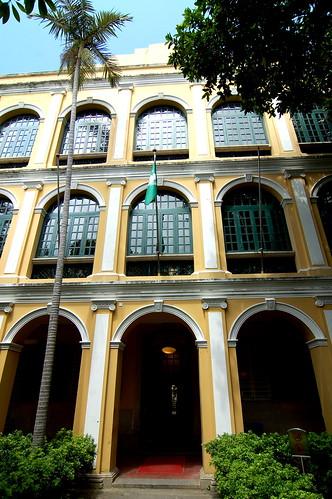 何東圖書大樓, Macau