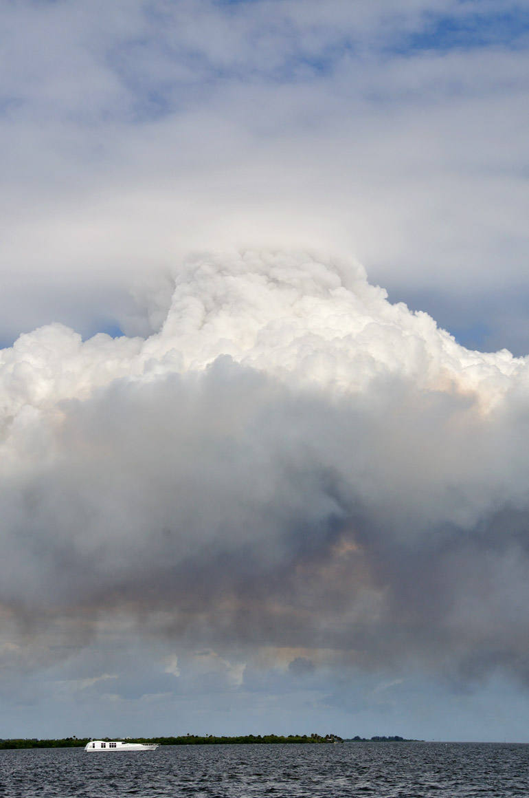 clouds_plume_0004