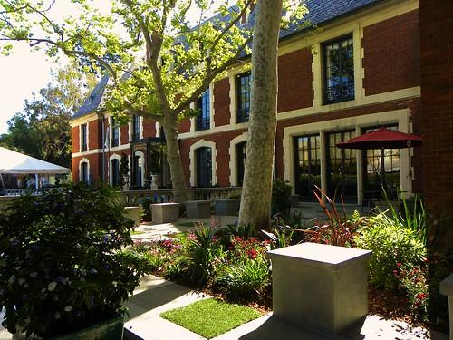 Terrace Garden - Pacific Outdoor Living
