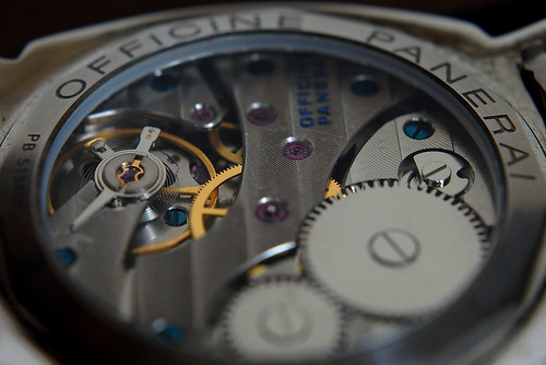 macro panerai movement