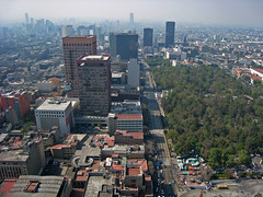 Looking West towards the park (beeffaucet) Tags: mexico df arial torrelatinoamericana