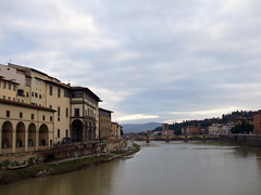 Da Ponte Vecchio 2 (Birnardo) Tags: italia fiume ponte firenze arno toscana gita digitalcameraclub birnardo bomboetosky