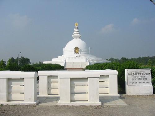 Typische witte stupa