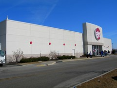 Circuit City Gurnee Mills ([jonrev]) Tags: city retail mall out dead store failure going business forever closing economic mills circuit economy recession gurnee