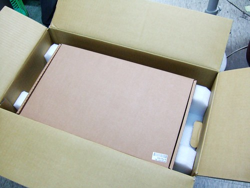 最上層是配件盒
