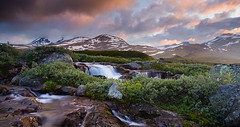 Summer in Jotunheimen - 02 (Anders Hagen-Nsset) Tags: sunset summer mountains norway creek river landscape stream glow sommer fineart scandinavia polarizer waterscape jotunheimen canoneos5d gjende valdres wondersofnature valdresflya leirungsdalen ystreslidre andersnsset flybekken gjendealpene