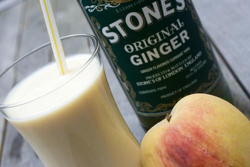 Lassi, peach, Stone's GInger 4