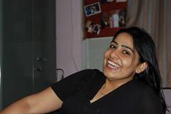 Somebody is extremely happy! (Ritesh Kapur) Tags: me july neha mumbai deepa 2009 ipsita sherepunjab july252009 khoobaishki