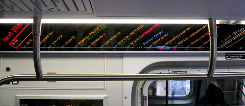 NYC Subway LED Signage / 20090923.SD850IS.3166 / SML (by See-ming Lee 李思明 SML)