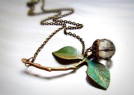 leaf & acorn
