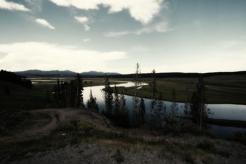 yellowstone_superfunhappy