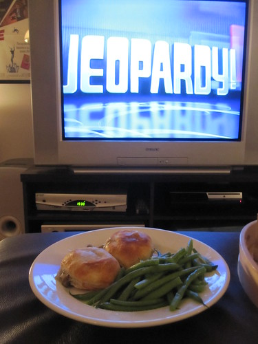 Mushroom turnovers and green beans at home