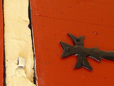 croix de Malte rouge.jpg