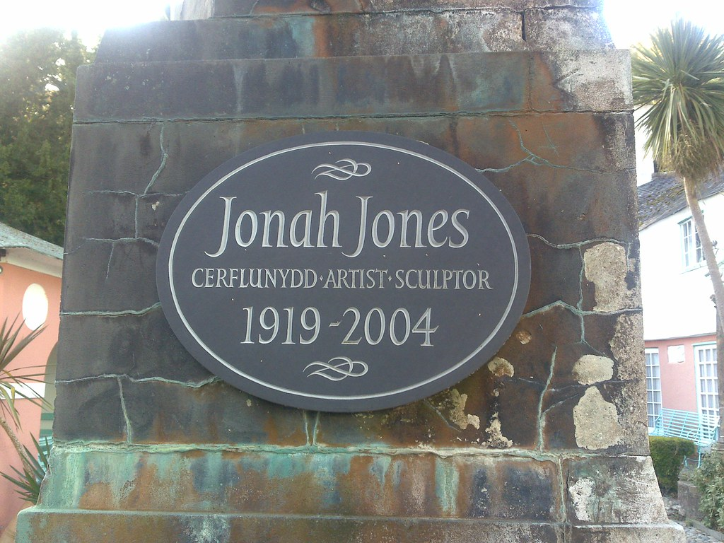 Photo of Jonah Jones grey plaque