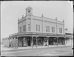 Marcus Clark's Drapers and Importers, 709-713 Hunter Street West, Newcastle, NSW, 22 July 1902 (Cultural Collections, University of Newcastle) Tags: shop newcastle store australia clark nsw draper 1902 importer hunterst marcusclark ralphsnowball snowballcollection ralphsnowballcollection asgn0824b37 newcastleregionnswhistorypictorialworks photographynewsouthwalesnewcastle
