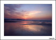 SVB 2006 Sunset (Cameno) Tags: sunset sea naturaleza seascape beach nature water clouds d50 mar nikon playa 2006 nubes puestadesol santander cantabria svb sanvicentedelabarquera