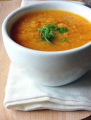 Zuppa di lenticchie rosse e cumino
