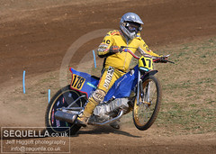 Scott Campos (Jeff Higgott (Sequella.co.uk)) Tags: scott april 2009 campos brightwell grasstrack img9543