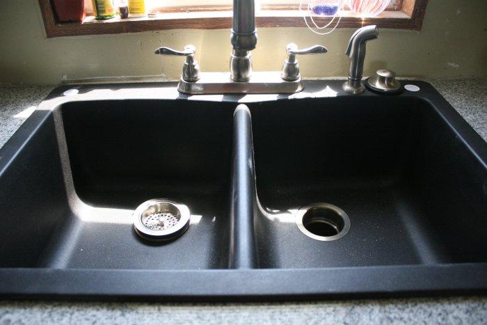 08-12-sink1