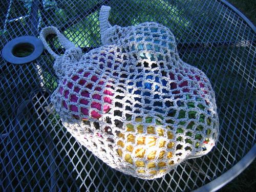 Market bag with yarn inside