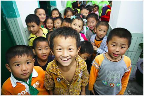 上海希望小学的孩子