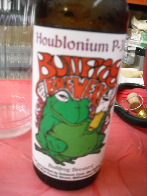 Bullfrog Brewing Houblonium P-38 by fatherspoon