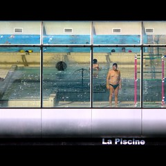 La Piscine (Isco72) Tags: windows man paris france water architecture swimming geometry piscina panasonic explore finestra uomo swimmingpool acqua frontpage francia architettura nuoto piscine parigi geometria linescurves photographia geometriegeometry fz18 dmcfz18 isco72 goldenart francescopallante