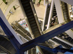 Siam shopping mall complexity (Bn) Tags: plaza topf50 bangkok stairway sexandthecity shoppingmall complexity spacious escalators siamsquare indoorarchitecture megastore upmarket stairways roltrap luxurygoods siamparagon roltrappen 50faves siamoceanworld siamskytrainstation  entertainmentcomplex theprideofbangkok hugeshoppingcenter locatedatsiamsquare lightandinteriordesign luxurioussiamparagonshoppingmall majorshoppingarea