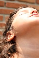 minha luz (erriemi.) Tags: luz girl canon children day dia criana menina