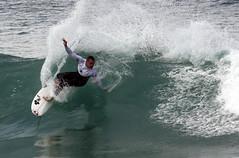 TK = Rail Abuse (Daniel Moreira) Tags: ocean sea beach portugal canon mar search surf rip wave pico da taylor knox pro curl 2009 mota oceano onda peniche 50d