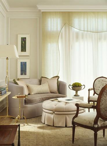 Classic white living room: Benjamin Moore neutral shades + soft fabrics + pelment