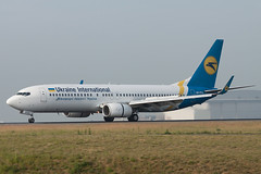 Ukraine International Airlines Boeing 737-8HX UR-PSA cn 29658/2970 (Clment Alloing - AirTeamImages) Tags: cn ukraine international boeing airlines 7378hx urpsa 296582970