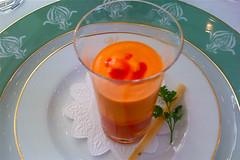 Mousse de Poivron rouge, langoustines au coulis de tomates - t.y