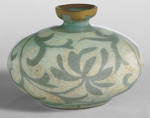 012-Botella de aceite- dinastía Koryo-finales siglo 12-Corea- Copyrigth © 2000-2009 The Metropolitan Museum of Art