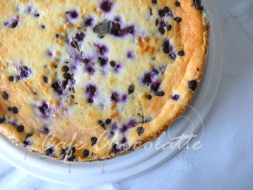 Cheesecake with blueberry&drop chocolate