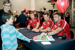 Meet the Rugby stars Reading Crusade 09