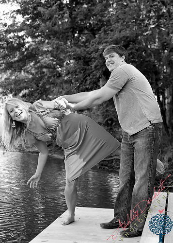 Happy Couple ? Fayetteville NC Engagement Photographer