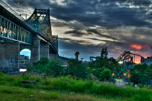 Jacques-Cartier bridge during sunset from Ile Sainte-Helene looking toward Montreal (HDR)
