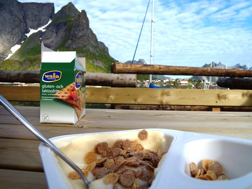 lofoten breakfast