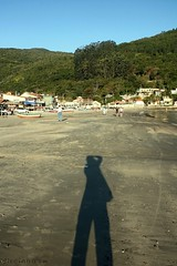 Dia mundial da fotografia  -  World photography day (Dircinha -) Tags: shadow praia me photo eu sombra fotografia montanha worldphotographyday pantanodosul diamundialdafotografia dircinha