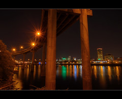 Portland Skyline 11 - HDR (David Gn Photography) Tags: bridge oregon portland pdx willametteriver hdr nightline photomatix portlandskyline sigma1020mmf35exdchsm canoneosrebelt1i